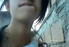 Novinha safada recebendo vara enquanto fala no celular